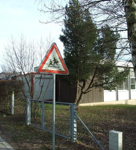 """SVP: """"Ein Jahr Klassenassistenzen = vier Jahre Doppelkindergarten Bühlhof"""""""