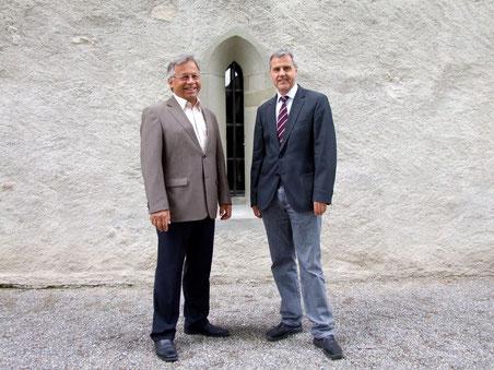 Gerhard Fischer (Links) übergibt das Präsidium an Thomas Illi