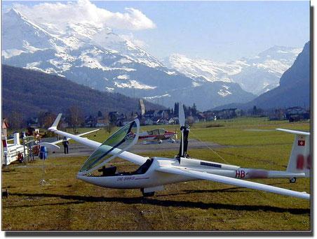 So sieht der gesuchte Flugzeugtyp aus (Bild: KAPO ZH)