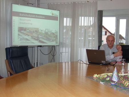 Hochbauvorstand Othmar Hiestand an der Medienkonferenz vom Donnerstag (Text und Bild: Thomas Illi)