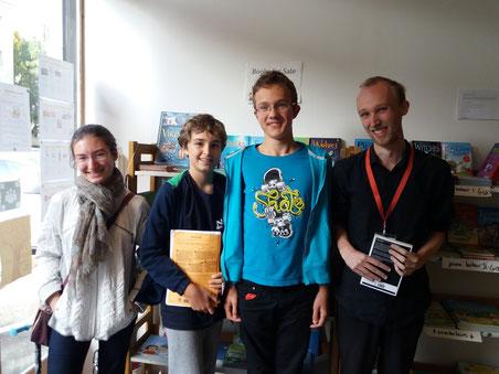 Des clubs d'anglais pour des adolescents à Strasbourg qui mettent l'accent sur la conversation avec un professeur de langue maternelle anglaise.