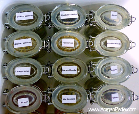 almacena las especias en botes herméticos - AorganiZarte.com