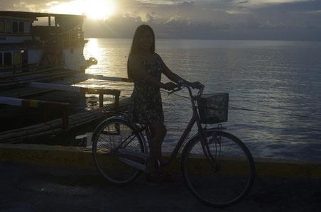 Abendstimmung am Hafen von Polillo
