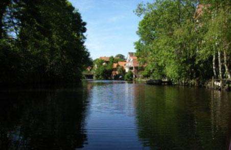 Die Medem fließt durch Otterndorf