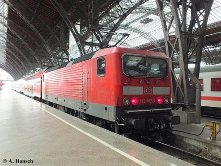 Am 23. Juni 2013 steht 143 192-3 in Leipzig Hbf.