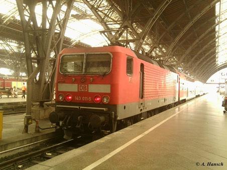 Am 30. Juni 2012 musste das Handy herhalten, als 143 011-5 im Leipziger Hbf. steht