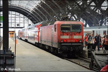 143 871-2 steht am 6. Juli 2015 in Leipzig Hbf.
