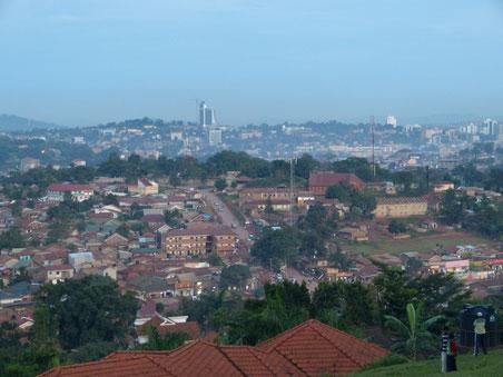 Blick auf Kampala - die Stadt der tausend Hügel