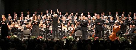 Im November sang der Burgh-Chor gemeinsam mit Solisten und dem Kirchen- und Projektchor Rheindahlen im Meisterkonzert. FOTO: JL (ARCHIV