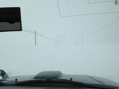 深川市音江町12  猛烈な地吹雪