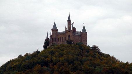 Ausflugsziel Burg Hohenzollern am Rande der Schwäbischen Alb © Copyright by Olaf Timm