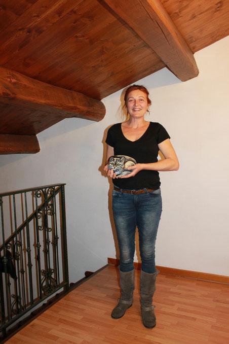 Fabiana Antonioli, regista di FILMIKA, Torino - con un mio gatto fermaporta