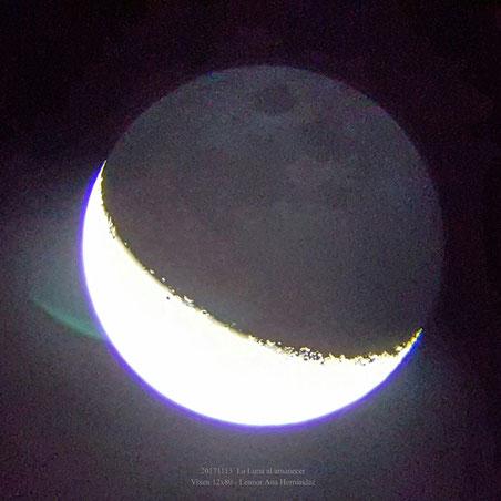 Luz cenicienta visible a simple vista con una fase aún muy avanzada, casi menguante.