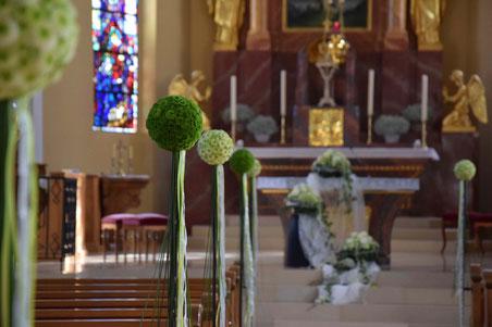 Hochzeit - Tischgesteck mit Rosen