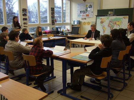 Außenminister Jean Asselborn zu Besuch in unserer Klasse (24. Januar 2013)