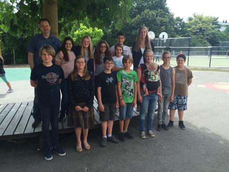 15. Juli 2015: Unser letzter Schultag in Steinfort. (special guest: Lean)