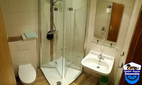 Einzelzimmer Nr. 3 mit Dusche/WC/Wlan/LED Sat-TV/Balkon