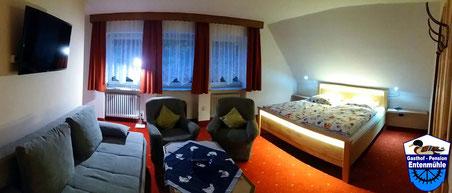 Doppelzimmer Nr. 2 mit Dusche/WC/Wlan/LED Sat-TV/Balkon