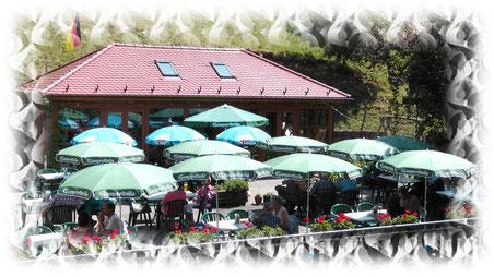 Nehmen Sie Platz bei schönem Wetter auf unserer Terrasse