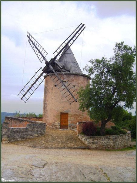 Le Moulin de Jérusalem - Goult, Lubéron - Vaucluse (84)