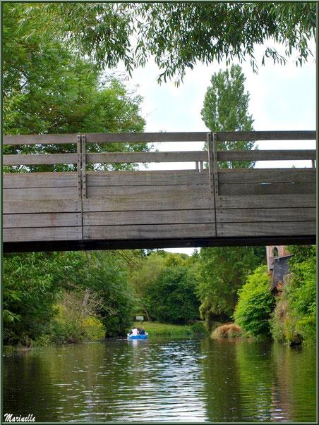 Pont de bois enjambant Le Trieux à Pontrieux, Côte d'Armor (22)