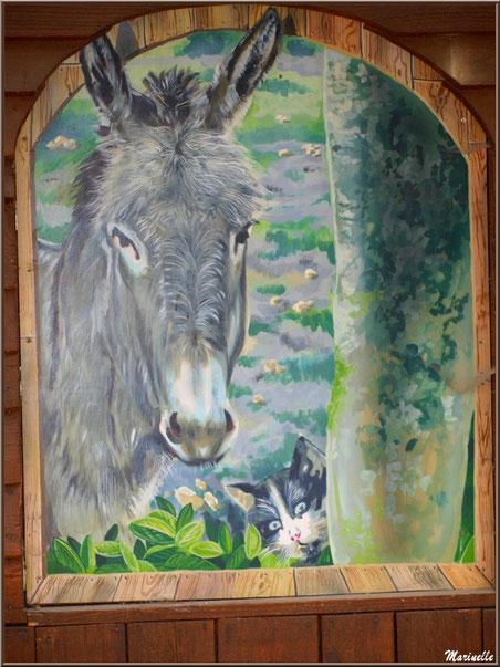 Fresque à l'entrée du Parc de la Coccinelle, mini-ferme à Gujan-Mestras, Bassin d'Arcachon (33)