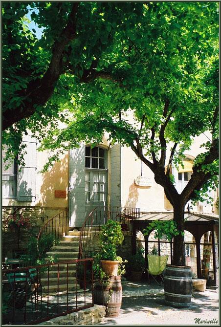 Maison au gré d'une ruelle - Goult, Lubéron - Vaucluse (84)