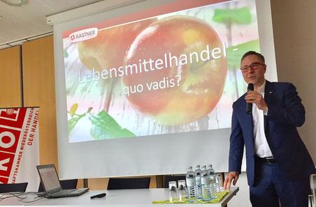 Christof Kastner, CEO der Kastnergruppe, bei seinem Vortrag