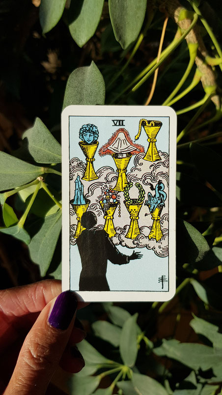 Sieben der Kelche - Tarot Karte aus dem Rider Waite Smith Tarot