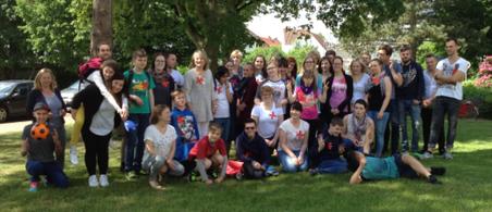 """Wuchsen zu einem guten """"erste Hilfe"""" Team zusammen- Schüler der OS4 der ALS und 2 Lehrjahr der Krankenpflegeschule"""