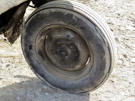 Reifenrunderneuerung auf Indisch