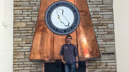Jonas Deichelmann, Informatikstudent der Hochschule Worms und erfolgreicher Preisträger beim Start-Up Hackathon, hier an der California State University in Monterey Bay während seines Auslandssemesters. Foto: Kara Spencer: