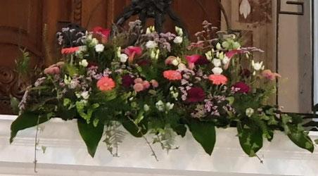 Dekoration, Blumen, Saaldekoration, Raumdekoration, Festschmuck, Blumendekoration