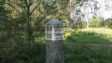 Alter Wegweiser bei Schilde. Foto: J. de Gruyter