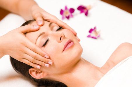 Kopf- und Nackenmassage