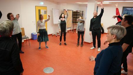 Renate NeumannLeitet eine Fortbildung für den Sprechberuf 'Schauspieler*in'