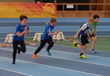 ...vom Gold im Weitsprung beflügelt,  sprintet Levin über 60 Meter auf den Bronzerang...