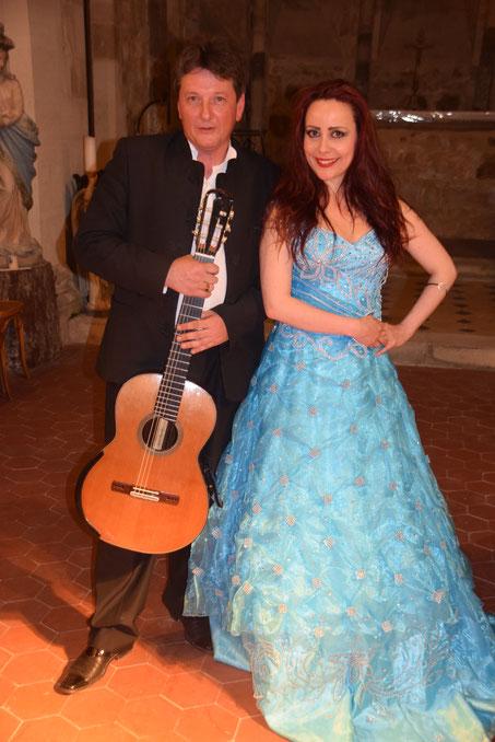Mézy-Moulins. Guitares en Picardie : Frédéric Bernard et Anne-Charlotte Montville.