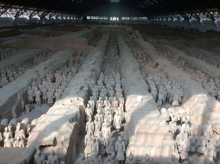 The famous Terracotta Army, in the back you can still see many destroyed soldiers.