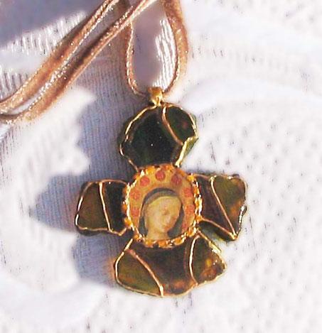 AS 5 - Autre Croix à la Vierge (Vitrail)