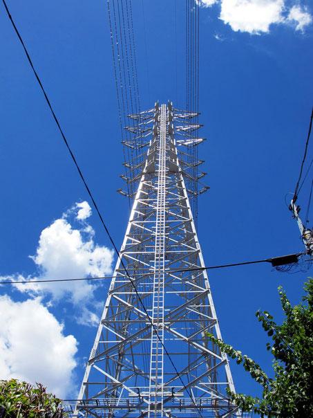 送電線鉄塔イメージ