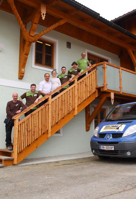 Das Team vom Holz- und Strohballenhaus Laireiter