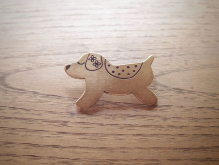 いいことがやって来る わんちゃんブローチ Good things will come.. my dog Broach Jewelry  design©︎Marguerite Label