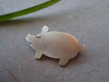 ぶたちゃんブローチ Piggy Brooch Jewelry  design©︎Marguerite Label