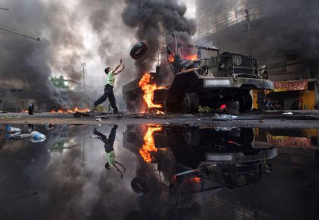 Mai 2010 mitten in Bangkok: Die Armee beendet einen Protest von Regierungsgegnern