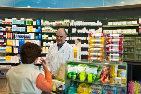 Apotheker erhalten mehr Kompetenzen. Sie können damit Hausärzte entlasten.