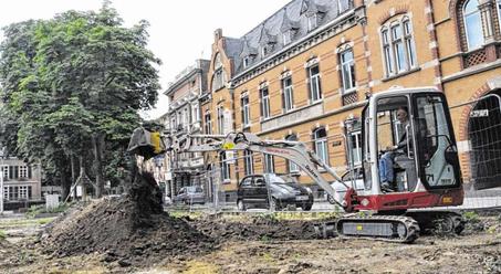 Beginn der Aushebungsarbeiten am Kaiserplatz. Foto: S.-L. Gombert