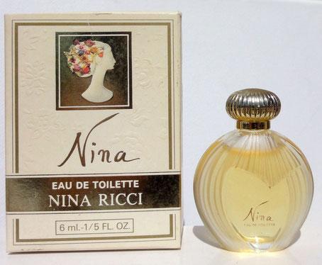 NINA : 1ère CREATION DE LA FRAGRANCE - EAU DE TOILETTE 6 ML - BOÎTE AVEC FEMME