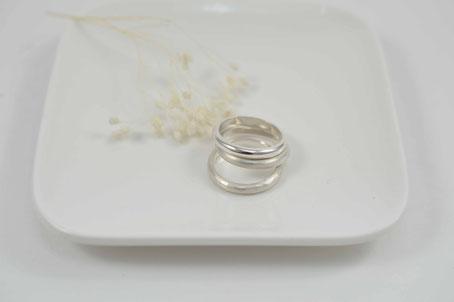 alliance demi-jonc or 18 carats éthique -handmade in belgium