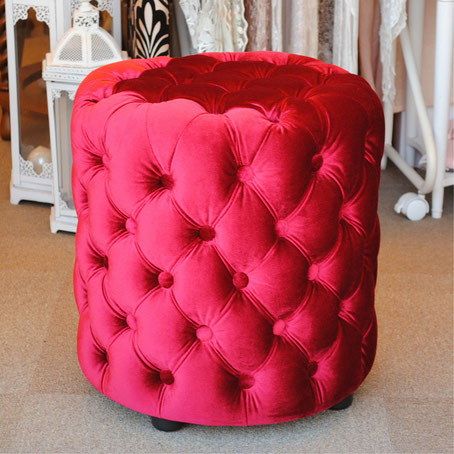 輸入家具 おしゃれ スツール シャビーシック ボタン留め レッド ベルベット フレンチスツール 椅子 赤 イタリアン フレンチ クラシック オットマン アンティーク 姫系家具